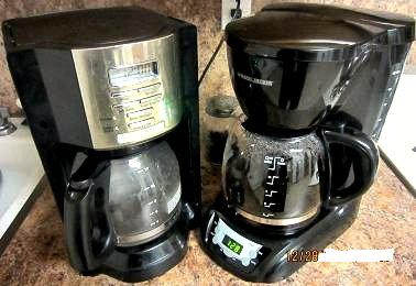 Mr Coffee Coffee Maker Keeps Beeping : 12 Cup Programmable Coffee Maker Reviews - Mr.Coffee vs B&D DLX1050B Compared